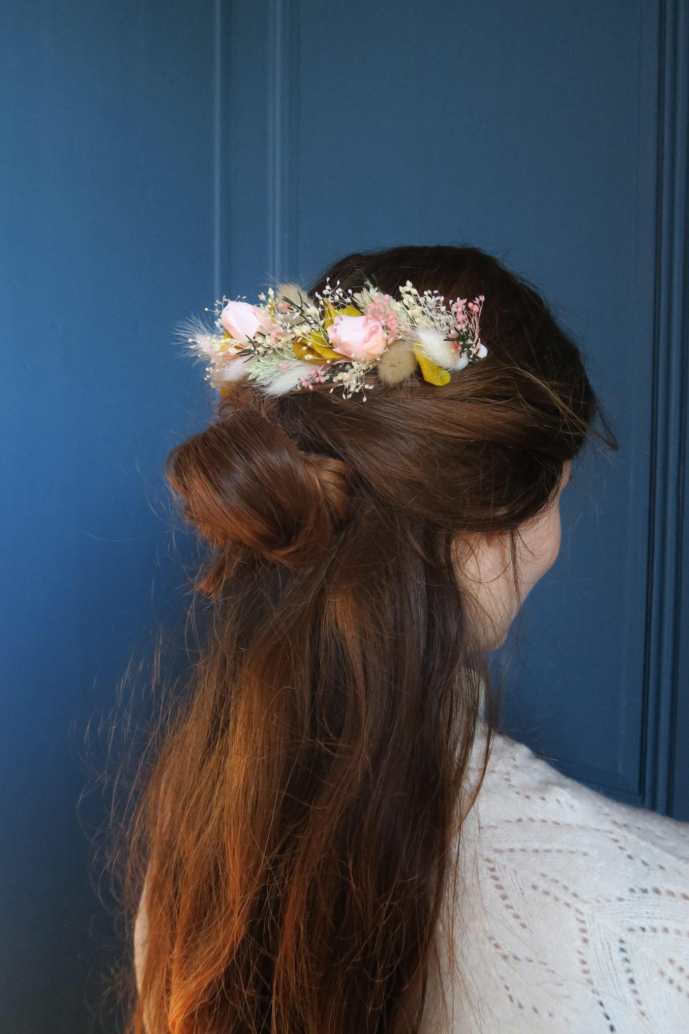 double peigne de fleurs séchées