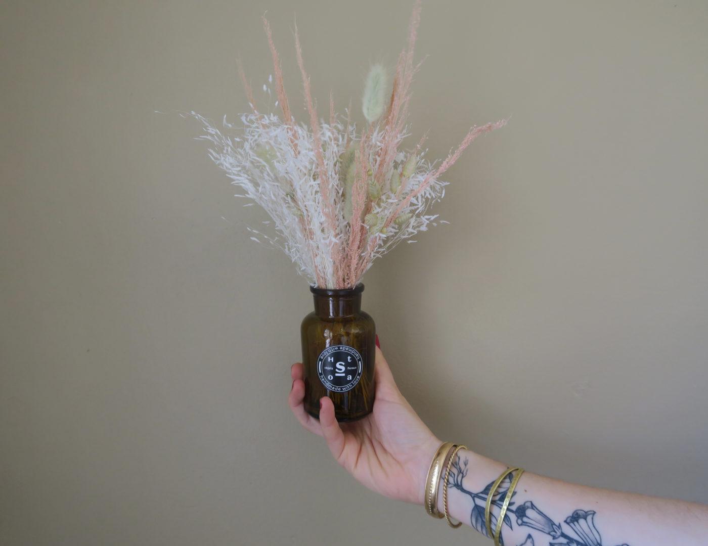 vase et bouquet fleurs séchées