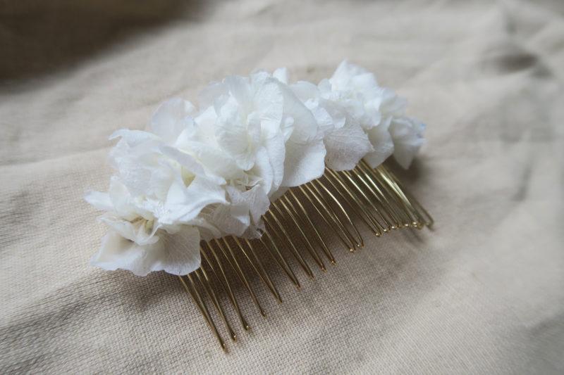peigne hortensia blanc