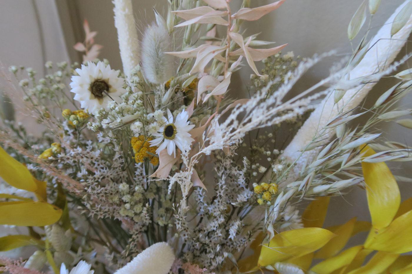 bouquet séchéjaune et blanc