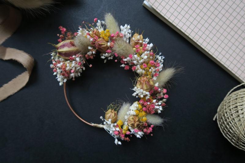 couronne de fleurs séchées hosta