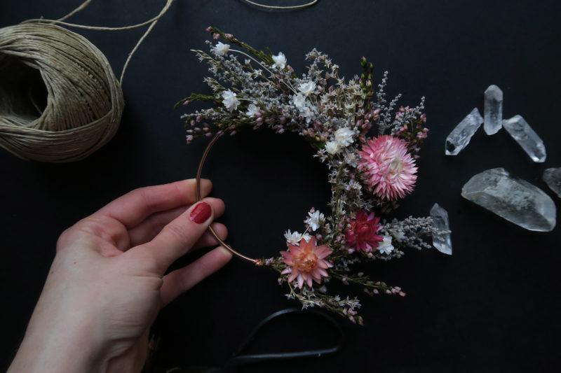 couronne murale idée cadeau femme fleurs séchées