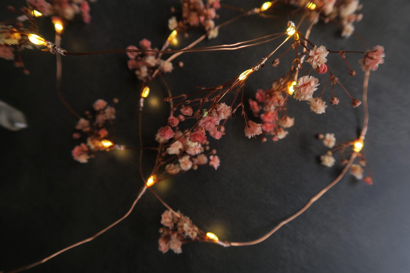 gurilande lumineuse de fleurs séchées gypsophile rose led décoration automne hiver idée cadeau femme naturel bohème maison